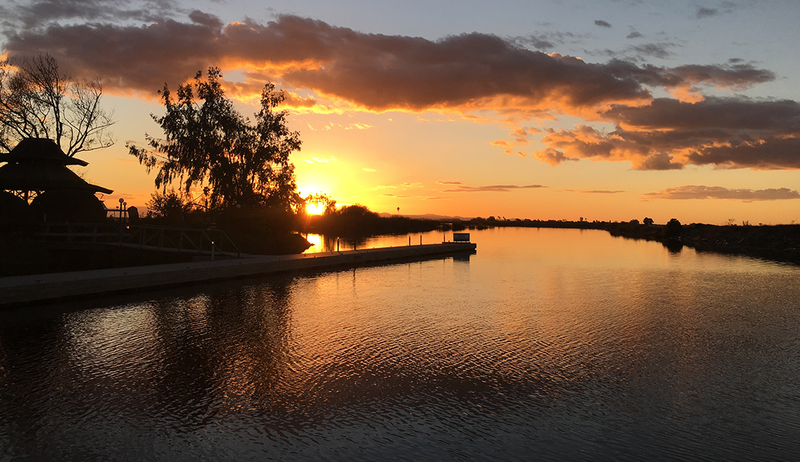 Paradise Point Marina: California Delta Houseboat Rentals